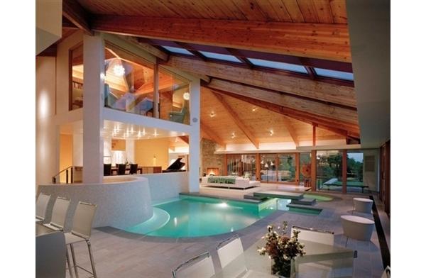 Maravilhosa resid ncia com piscina interna blog m veis planejados artezanal m veis - Piscina interna casa ...